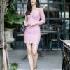 Dress คอวีแขนยาวลูกไม้สีชมพู จับจีบย่นเว้า