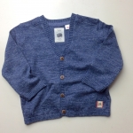 Baby Knit cardigan : V-neck cardigan with long sleeves.