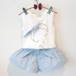 ชุดเสื้อ แขนกุด สกรีนลาย เด็กผู้หญิง กางเกง ขาสั้น ผูก โบว์ สีฟ้า 422-0202