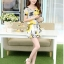 ชุดเดรสสั้นแฟชั่นเกาหลี มินิเดรสกระโปรง สีเหลืองพิมพ์ลายดอกไม้น่ารักๆ เหมาะสำหรับใส่เที่ยววันสบายๆ เดินห้างช้อปปิ้ง ดูหนัง แบบสวยๆน่ารักๆ สไตล์สาวหวาน thumbnail 4