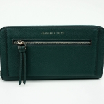 CHARLES & KEITH FRONT ZIP DETAIL WALLET *สีเขียว