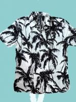 เสื้อฮาวายแขนสั้นลายใบไม้