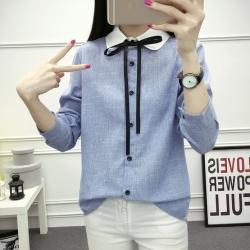 เสื้อเชิ้ตแฟชั่นแขนยาวแต่งปกขาวมีสายผูกโบว์ กระดุมหน้า สีฟ้า