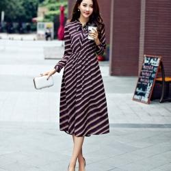 Maxi dress แขนยาวพิมพ์ลายโทนสีน้ำตาล