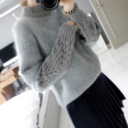 Sweater เสื้อไหมพรมถักขนฟุ้งๆ สีเทา