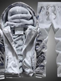 Pre Order ชุดวอร์มกันหนาวขนแกะ แนวเกาหลี เสื้อแขนยาวมีฮู้ด แต่งลายพราง+กางเกงยาว มี3สี