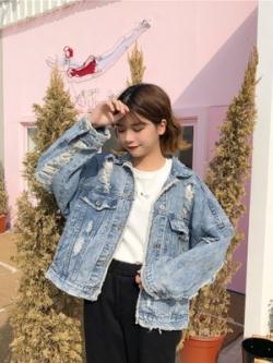 เสื้อแจ็คเก็ตยีนส์เกาหลี สีน้ำเงิน แต่งรอยขาดเซอร์ๆ
