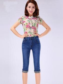 กางเกงยีนส์เอวสูงขายาว5ส่วน ทรงดินสอ แต่งกระเป๋ากางเกง มี2สี