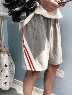 กางเกงขาสั้นเกาหลี แต่งแถบเส้นด้านข้าง มี2สี