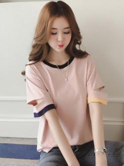 เสื้อแฟชั่นเกาหลี แต่งลายขวาง ดีไซน์แขนเสื้อ มี3สี
